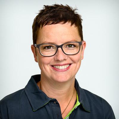 Sylvia Pfeifer Zahnmedizinische Fachassistentin (ZMF)